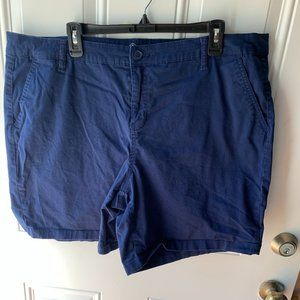 Women's Shorts Size 20W